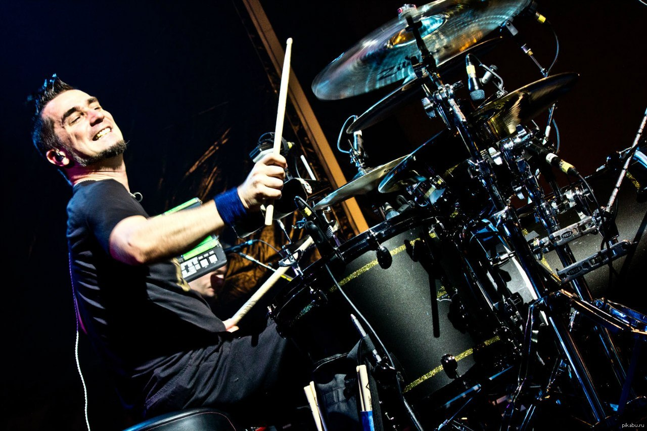 как быстро научиться играть на барабанах
